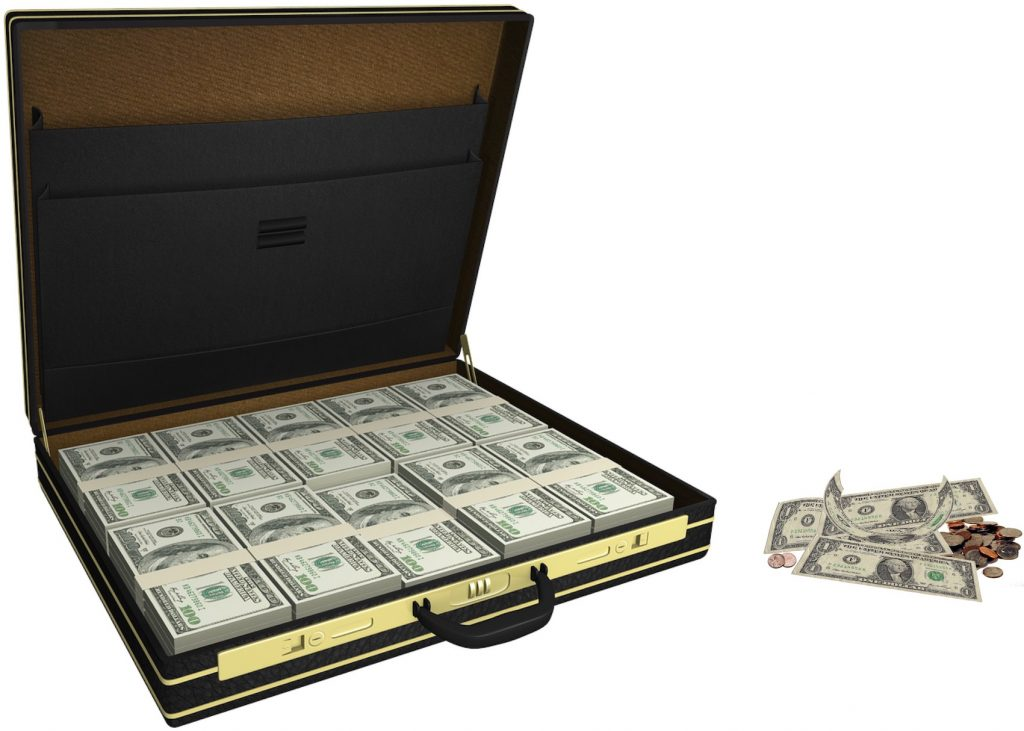 IMAGE: Stash of cash vs. spare change